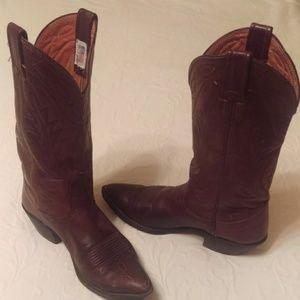Ladies Vintage Nocona Boots